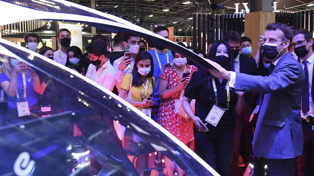 Prancis akan 'mendorong ekosistem inovasi Teknologi,' kata presiden kepada Euronews Next