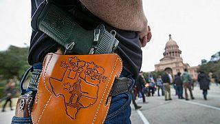 Teksas'a silah taşıyan bir birey