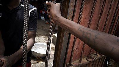 Mozambique : des détenues forcées à la prostitution sous peine de tortures