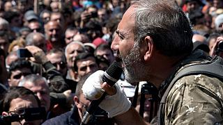 A photo taken on April 17, 2018 shows opposition leader Nikol Pashinyan speaking during an opposition rally in central Yerevan