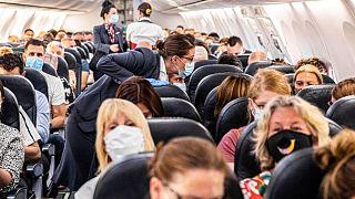Uçak yolcuları (görsel)