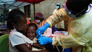 نجاح جهود مكافحة الموجة الثانية من وباء إيبولا