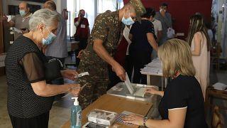 Ermenistan'da seçmen sandık başına gitti