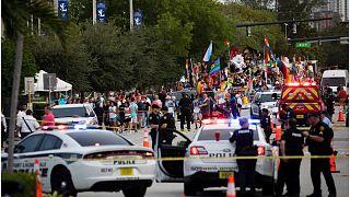 شاحنة تصدم مشاركين بمسيرة للمثليين في فلوريدا