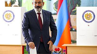 Armenia, il premier Pashinyan conquista la maggioranza assoluta
