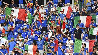 I tifosi azzurri allo Stadio Olimpico di Roma per Italia-Galles.