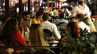 Abends auf der Terrasse in Madrid