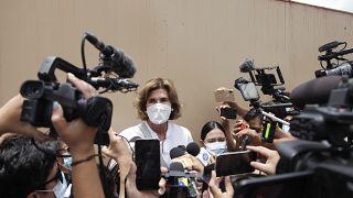 Cristiana Chamorro, política e hija de la expresidenta Violeta Barrios, acusado de malversación de fondos e inhabilitada para los comicios presidenciales.