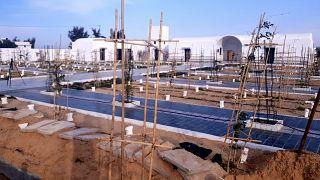 """مقبرة """"حديقة إفريقيا"""" الخاصة بالمهاجرين غير النظاميين في مدينة جرجيس جنوب تونس. 2021/06/12"""