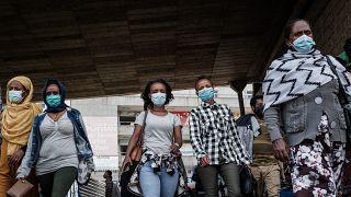 Covid-19 : Zambie, Rwanda, Ouganda, ces pays font face à une vague meurtrière