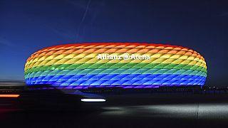 УЕФА запретил радугу на стадионе во время матча между ФРГ и Венгрией