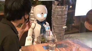 Ιαπωνία: Ρομπότ σερβίρουν καφέ και φαγητό