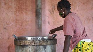 مشاغل ودورات تدريب خلف جدران سجن باماكو للنساء