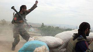 عکس از آرشیو (سربازان ارتش افغانستان در نبرد با طالبان در کندز در سال ۲۰۱۶)