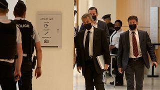الرئيس الفرنسي السابق نيكولا ساركوزي يصل إلى قاعة المحكمة في باريس، فرنسا، الثلاثاء 15 يونيو 2021