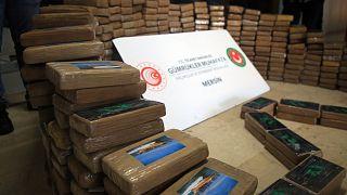 Mersin'de ele geçirilen 463 kilogram kokain
