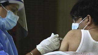 واکسیناسیون کرونا در دُبی