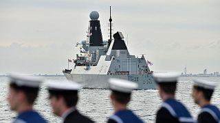 Archives : le HMS Defender au large de Portsmouth, au Royaume-Uni, le 5 juin 2019