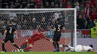 Szalai Ádám gólja az EB F csoportjának utolsó fordulójában játszott Németország - Magyarország mérkőzésen