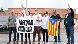 İspanya'da 9 Katalan siyasetçi cezaevinden çıktı