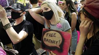 Britney-Fans vor dem Gericht