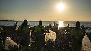 La playa de la Barceloneta la mañana de San Juan