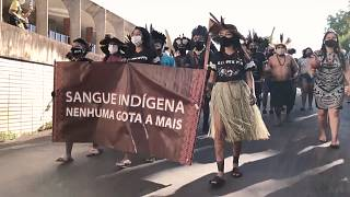 Brésil : les indigènes manifestent pour la défense de leurs terres