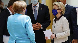 EU-Gipfel in Brüssel - mit Angela Merkel und Ursula von der Leyen