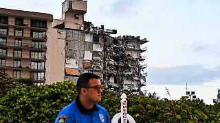 ABD'de 12 katlı bina çöktü, 3 kişi öldü en az 99 kişi kayıp