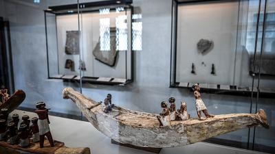 Former Egyptian MP arrested for trafficking 201 ancient artefacts