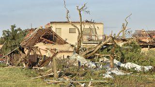 Tödliche Spur der Verwüstung: Tornado im Südosten Tschechiens