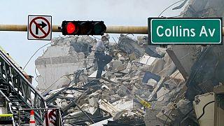 Escombros del edificio desplomado en Miami-Dade