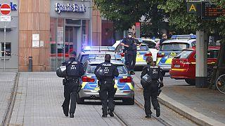 Polizei nach Messerangriff in Würzburg