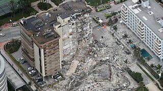 Das eingestürzte Gebäude in Surfside bei Miami