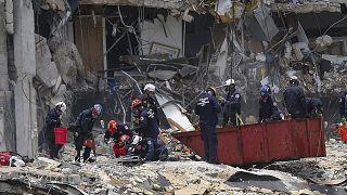 ارتفاع حصيلة انهيار المبنى في فلوريدا الى تسعة قتلى (رئيس البلدية)