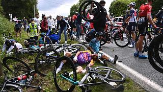 Fransa Bisiklet Turu'nda (Tour de France) zincirleme kaza
