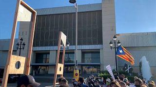 Protesta de separatistas catalanes contra la visita de Felipe VI al MWC de Barcelona