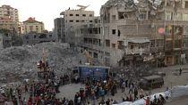 Gazans watch music concert amidst rubble