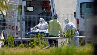 انتقال یک بیمار مشکوک به ابتلا به کرونا در روسیه