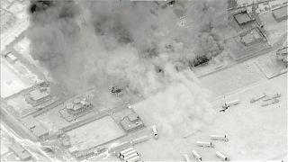 Images de frappes américaines, publiées dimanche 27 juin, dans le gouvernorat de Deir Ezzor en Syrie, à la frontière avec l'Irak.