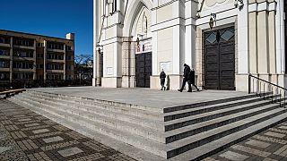 Polonya Katolik Kilisesi'nden reşit olmayan üç yüz kişi için cinsel taciz özrü