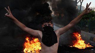تظاهرات مردم لبنان در اعتراض به کمبود سوخت و گرانی نرخ ارز