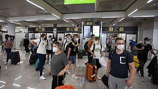 İspanya'ya gelen yolcular (arşiv)