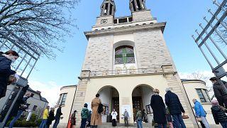 Πολωνία: Νέο σκάνδαλο σεξουαλικής κακοποίησης ανηλίκων από καθολικούς ιερείς