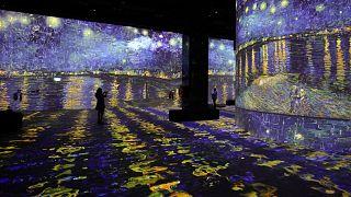 Van Gogh masterpieces projected onto walls  in a Dubai shopping centre.