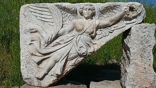 یکی از الهه های یونان باستان