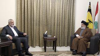 زعيم حزب الله حسن نصر الله يلتقي بإسماعيل هنية، زعيم حركة حماس الفلسطينية، في بيروت، لبنان، الثلاثاء 29 يونيو 2021.