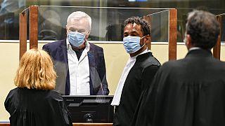Antigos aliados de líder sérvio condenados por tribunal da ONU