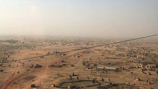 منظر جوي لمدينة جيبو في بوركينا فاسو، مركز النزاع في البلاد. 2021/02/18