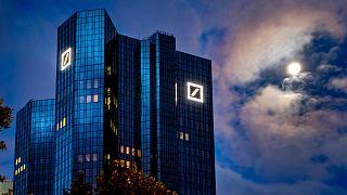 Frankfurt'da bulunan Deutsche Bank genel merkezi